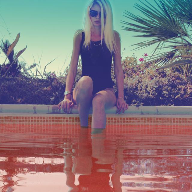 poolside 5